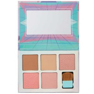 Sunkissed-Carnival-Crush-Cheek-Palette-800x800