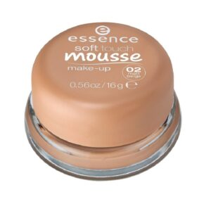 essence-soft-touch-mousse-make-up-02